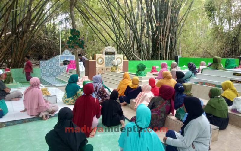 Bambu Cinta Joko Tarub dan Bidadari Kayangan